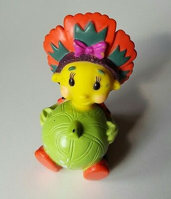 """Poppy Fifi and the Flowertots Squeezie Squirters Bath Toy Cake Topper  7.6cm/ 3"""""""