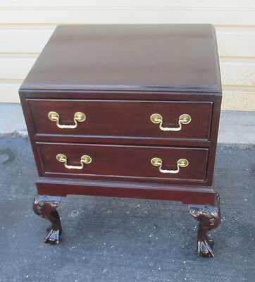 57512   Mahogany Claw Foot Nightstand End table Stand
