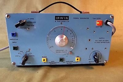 SIGNAL GENERATOR, VINTAGE {PHYSICS / ELECTRONICS} by IRWIN - TOP QUALITY
