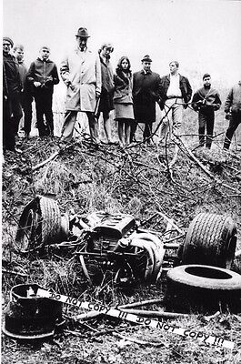 "9x6 Photograph  Jim Clark  ""Accident Scene"" 7th April Hockenheim 1968"
