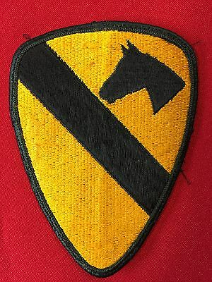 US Army 1st Cavalry Division Airmobile Patch Full Color merrowed erdge