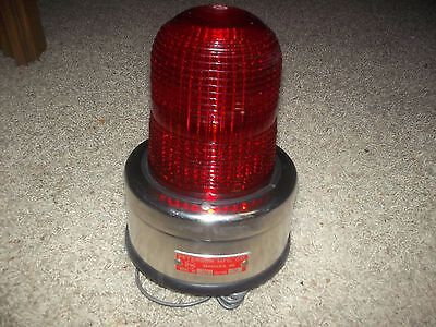 VTG  Peterson Red GLASS DOME Emergency Warning Light Model # 758 New In Box