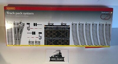 Hornby 00 Gauge -  R8017 - Track Extension Pack C - New Boxed - Bargain