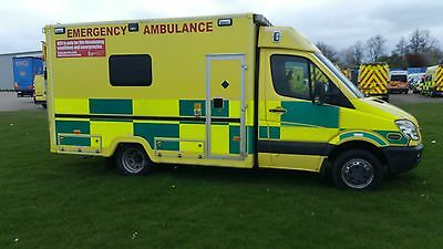 Ambulances 11 Sprinters   Frontline Vehicles 2009 And 2010 From £5500