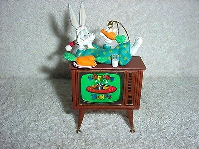 1996 Bugs Bunny on TV Looney Tunes Ornament Warner Bros Christmas Mint in OB