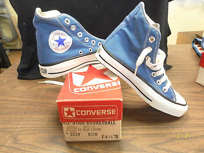 Vintage Converse Chuck Taylor All Star MADE IN THE USA. SIZE 2.5 LT.BLUE
