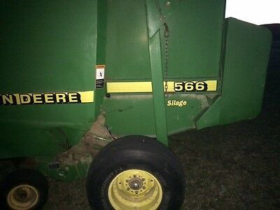 John Deere 566 Silage Round Baler, Net Wrap, Hydraulic Mega Pick Up Head