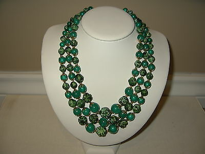 Pretty Vintage 3 Strand Goldtone & Emerald Green & Multi Green Beads Necklace