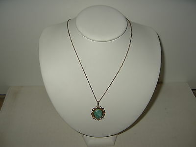 Pretty Vintage Victorian 1/20 12k GF Gold Filled Green Stone Pendant & Chain