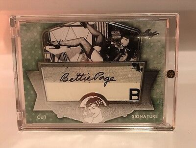 Bettie Page Betty Page 2014 Leaf Cut Signature Auto Not Benchwarmers