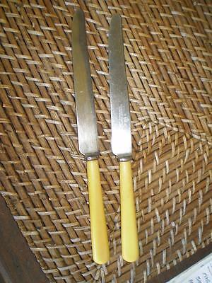 2 Colletable vintage Loppington.Ltd eng  s/steel butter knives cream handles (1)