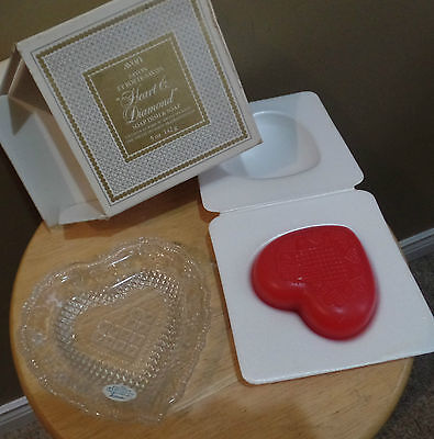 "Vintage ""HEART & DIAMOND"" Avon Soap DISH with Red HEART Shaped SOAP Bar~ BOX"