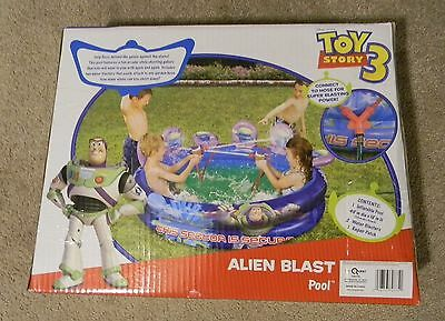 ToyQuest Toy Story 3 Alien Blast Pool with 2 Blasters NEW