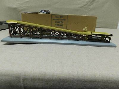 LIONEL TRAIN POST WAR BARREL LOADER #362 with BONUS LIONEL GANG CAR