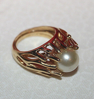 Amazing Crown Trifari Signed Ring With Huge Faux Pearl...jonathon Bailey Maybe