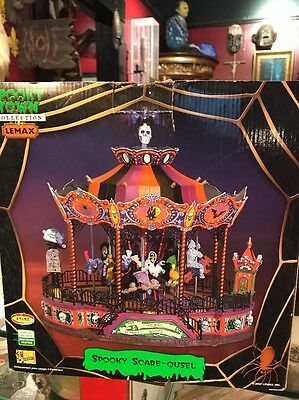 """Lemax Spooky Town – Spooky Scare-ousel - Hard to Find """"Bat-Topped"""" – Great!"""