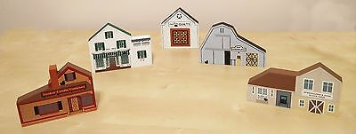 Cats Meow Village Lot of 5 Quilts Peltiers Eli Harness Yankee Candle Buggy Shop