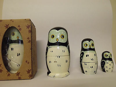 Set of 3 Wooden RUSSIAN BABUSHKA Stacking Penguin Dolls .......... #J0617