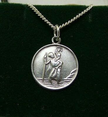 "Vintage Sterling Silver St Christopher Medallion Pendant & 22"" Chain Necklace"
