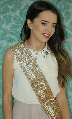 Hen Party Sash - Personalised - Bride To Be - GOLD glitter