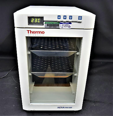 Thermo Scientific Heratherm IMC 18 Compact Microbiological Incubator w/ Shelves