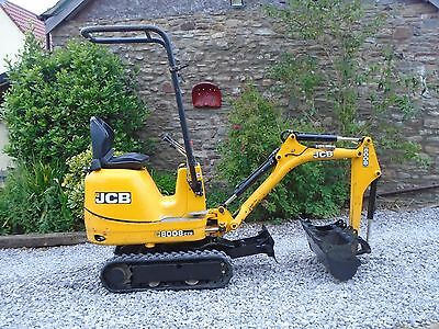JCB MICRO DIGGER 2014, 3 new buckets expanding tracks excavator uk del from £99