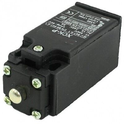 Sourcingmap 500V 6KW AC 240V 3A NO NC Momentary Top Plunger Micro Limit Switch