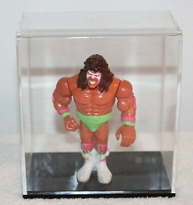 WWF Hasbro The Ultimate Warrior + Acrylic Display Protection Case WWE Wrestling
