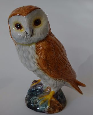 Vintage Beswick Barn Owl, smaller size No. 2026 Split tail excellent Condition