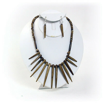 "Bone Necklace Set: Antique,1"" long."