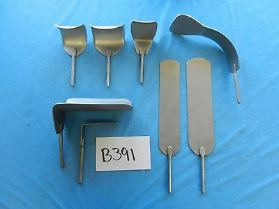 Automated Medical Surgical Retractor Blade Set
