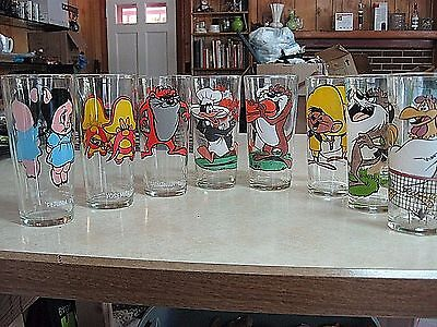 LOT 8 Vintage 1973-76 Pepsi Collector Series Glasses Looney Tunes Warner Brother