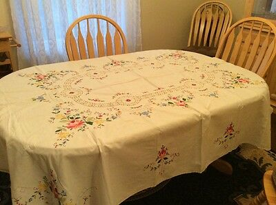 Fabulous Cotton Tablecloth With Matching Napkins White