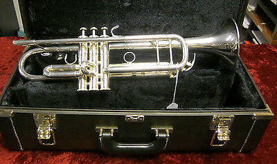 Yamaha Xeno YTR 8335 Trumpet With Case And Mouthpiece