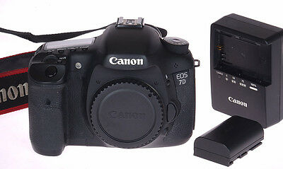 Canon EOS 7D 18MP Digital SLR Camera Body (DSLR) w/ only 27,803 Actuations