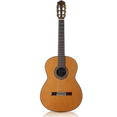 Cordoba C9 CD-MH Cedar Top Mahogany Back Sides Classical Guitar w/ Polyfoam Case