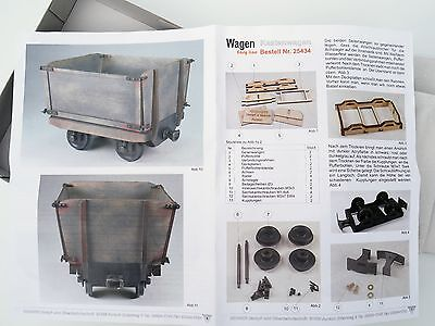 Regner 25434 Kastenwagen Bausatz - High sided wagon kit with opening doors