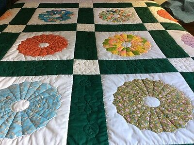 Applique Hand Made Dresden Plate Quilt Amazing Quilting Excellent Condition
