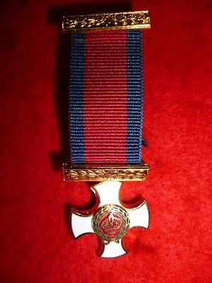 UK - Distinguished Service Order, D.S.O. Miniature Medal with top bar.