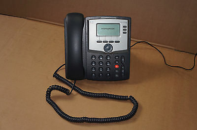 Cisco IP Phone 3Line with Display and PC Port SPA303