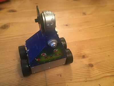 ROBOT WARS TOY PULL BACK PUSSYCAT RARE Logistix BBC 2001