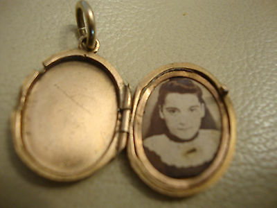 Old vintage antique Victorian rolled gold plated locket pendant engraved pattern