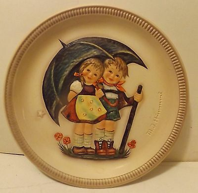 """First Edition 1975 Stormy Weather Anniversary Plate Goebel M.I. Hummel 10"""""""