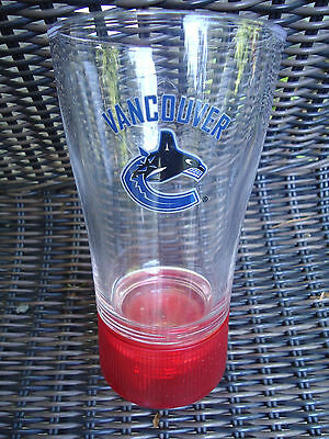 VANCOUVER CANUCKS NHL RED LIGHT GOAL SYNCHED Budweiser  GLASS ORCA WHALE Logo