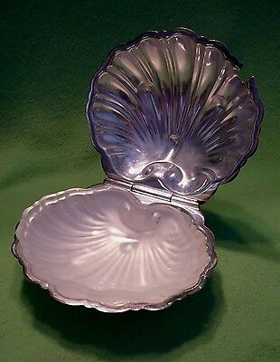 Vintage EPNS SILVERPLATE SEASHELL shaped covered CAVIAR service w/ glass insert