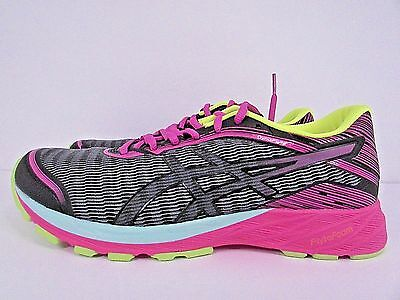 Women's Asics  Dynaflyte Size 10 !! Brand New !! Without Box!! Running!!