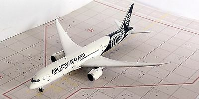 Air New Zealand 787 Diecast Model Aircraft 1/400 Phoenix Platinum Series