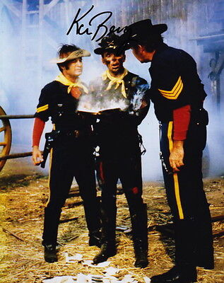 KEN BERRY ~ F TROOP ~ SIGNED 10x8 PHOTO COA
