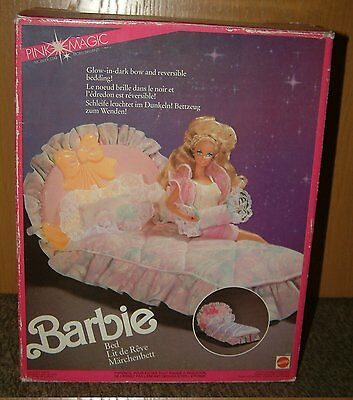 Barbie Doll/ PINK MAGIC/ Sparkles/ Bett/ Mattel 1989/ Bed/ Pretty living/ NRFB