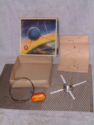 Arnold Very Rare, Fully Operational, Tin, Remote Control Satellite W/box!